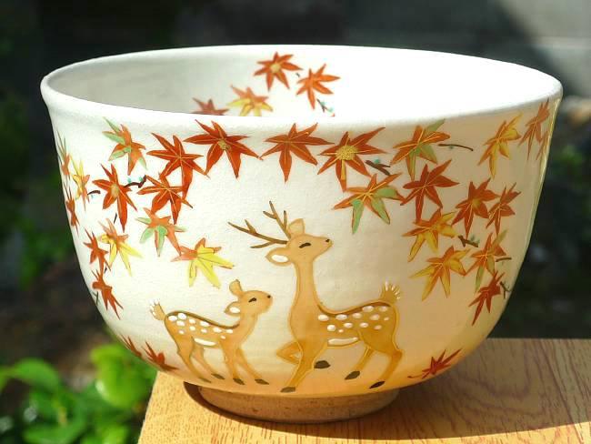 紅葉に鹿抹茶茶碗 亨