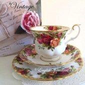 【ロイヤルアルバート 】*ヴィンテージ*オールドカントリーローズ トリオ <br>Royal Albert - Old Country Roses Trio ★Vintage★