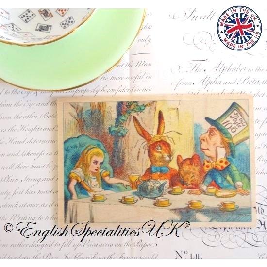 ALICE IN WONDERLAND The Mad Hatter Tea Party Wooden Postcard不思議の国のアリス マッドハッタ—ティーパーティー*木のポストカード*