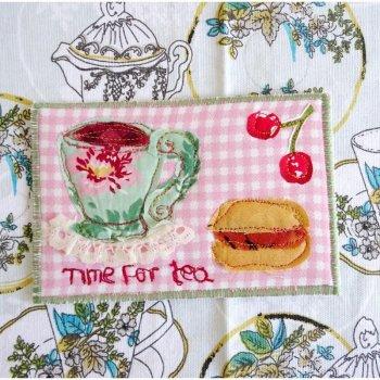 *ハンドメイド* 布のポストカード - タイムフォーティー<br> *HANDMADE* Fabric Post Card  - Time for Tea