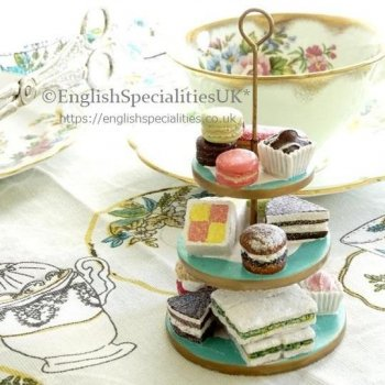 <img class='new_mark_img1' src='https://img.shop-pro.jp/img/new/icons15.gif' style='border:none;display:inline;margin:0px;padding:0px;width:auto;' />【F&M】Cake Stand Christmas Decoration<br>フォートナム&メイソン ケーキスタンドオーナメント