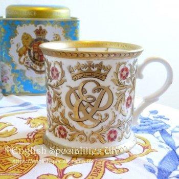 【The Royal Collection】70TH WEDDING ANNIVERSARY TANKARD<br>バッキンガム宮殿 エリザベス女王結婚70周年タンカードマグ