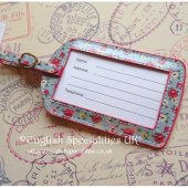 <img class='new_mark_img1' src='https://img.shop-pro.jp/img/new/icons20.gif' style='border:none;display:inline;margin:0px;padding:0px;width:auto;' />★Sale!【Cath Kidston】Tiny Rose Luggage Tag<br>キャスキッドソン ラゲージタグ タイニーローズ