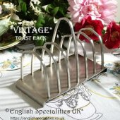 <img class='new_mark_img1' src='https://img.shop-pro.jp/img/new/icons47.gif' style='border:none;display:inline;margin:0px;padding:0px;width:auto;' />【Old Hall】*Vintage* Toast Rack<br>オールドホール マットな質感のヴィンテージのトーストラック