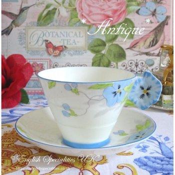 【PARAGON 】 Blue Pansy Flower Handle Duo<br> スターパラゴン ブルーパンジーフラワーハンドル カップ&ソーサー(1920年代)