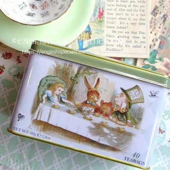 <img class='new_mark_img1' src='https://img.shop-pro.jp/img/new/icons15.gif' style='border:none;display:inline;margin:0px;padding:0px;width:auto;' />【New English Teas】 Alice in Wonderland  Tin Afternoon Tea<br>ニューイングリッシュティーズ  不思議の国のアリス缶 アフタヌーンティー