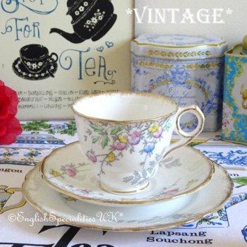【Royal Stafford】Vintage Floral Teacup Trio<BR>ロイヤルスタッフォード ヴィンテージ フローラル ティーカップトリオ(1940年〜52年)