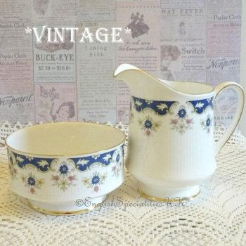 <img class='new_mark_img1' src='https://img.shop-pro.jp/img/new/icons47.gif' style='border:none;display:inline;margin:0px;padding:0px;width:auto;' />【PARAGON 】Coniston Milk Jug & Sugar Bowl<br>パラゴン コニストン ミルクジャグ & シュガーボウル(1957年〜)