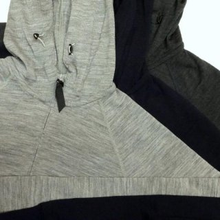 <img class='new_mark_img1' src='https://img.shop-pro.jp/img/new/icons43.gif' style='border:none;display:inline;margin:0px;padding:0px;width:auto;' />山と道 Merino Hoody