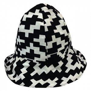 BROWN STYLEE cloche hat[blk.wht]