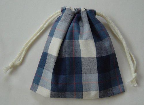 両引き巾着袋 20×20 【青藍のブロックチェック】 給食袋用にも