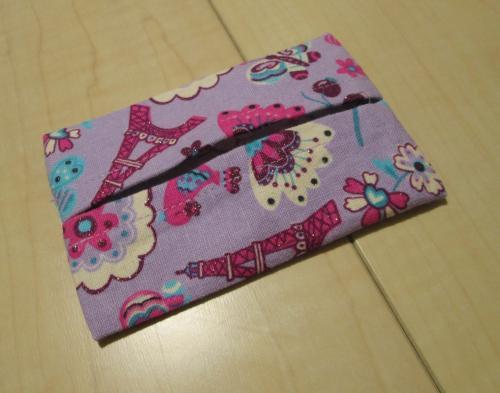 ミニポケットティッシュケース・7×11センチ【紫色綿麻ラメ入りタワー&蝶&お花柄】