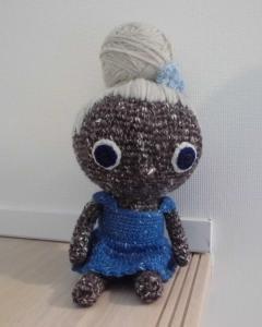 totoeちゃんオリジナルの手編みのあみぐるみ