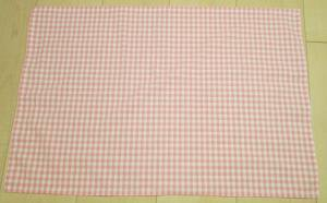 ピンク5mmチェック柄綿ポリ給食用ランチョンマット60×40