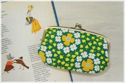 ■ヴィンテージ生地の親子がま口長財布 / グリーンに白とオレンジの花■ ticket(vf-gowy)