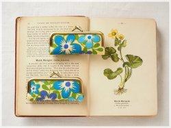 ■ヴィンテージ生地のがま口印鑑ケース / ベージュにブルーの花■ hanko case (vf-bgbl)