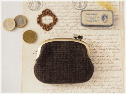 ■手紡ぎ、手織りシルク・リネンの横ひねりがま口コインケース / be■ panier(gmi-be)