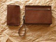 栃木レザーのバッグと財布