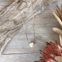 <img class='new_mark_img1' src='https://img.shop-pro.jp/img/new/icons14.gif' style='border:none;display:inline;margin:0px;padding:0px;width:auto;' />Fresh water pearl  Simple 14kgf Necklace 淡水パール シンプル 14kgfネックレス