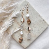 <img class='new_mark_img1' src='https://img.shop-pro.jp/img/new/icons14.gif' style='border:none;display:inline;margin:0px;padding:0px;width:auto;' />Stone & Shell Mix 14kgf Long Pierced Earring ストーン&シェル ミックス  14kgfロングピアス