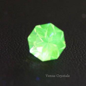 強蛍光 アーカンソー州製 ウラニウム ガラス 2.10ct 8.1mm