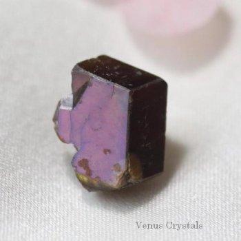 奈良県天川村産 レインボー ガーネット ラフ結晶(ピンク)11mm