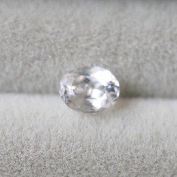 天使の石 フェナカイト フェナサイト ルース 0.29ct  4.4mm