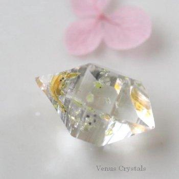 宝石質 パキスタン産 オイル 気泡入り 蛍光 クオーツ 大きめ 美結晶 16mm
