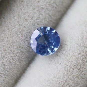 アウトレット スリランカ産 ブルー・サファイア ルース (加熱) 0.36ct  4.1mm