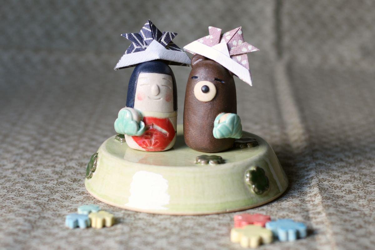岡崎順子 五月人形豆(クローバー畑)