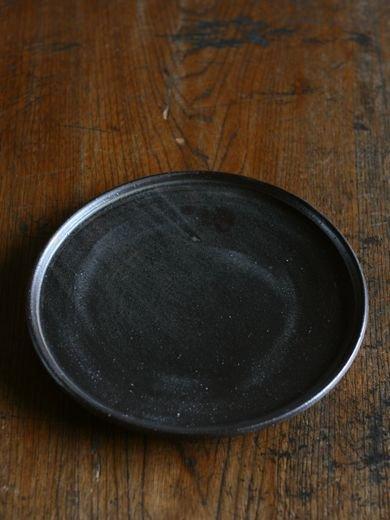 黒釉玉縁8寸皿