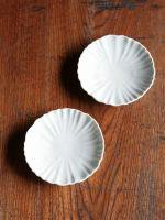 白磁輪花4寸皿
