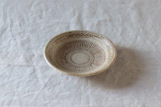 4.5寸内鎬皿-黄土灰