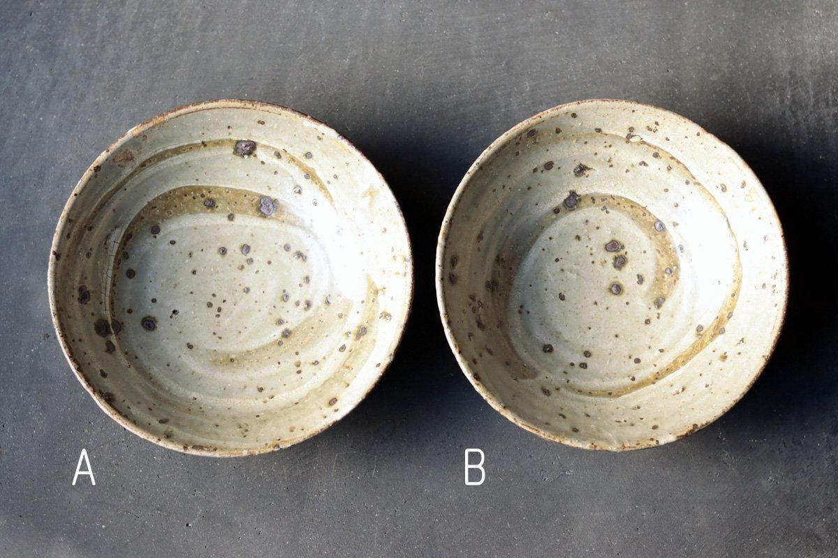 小野象平 灰粉引平鉢