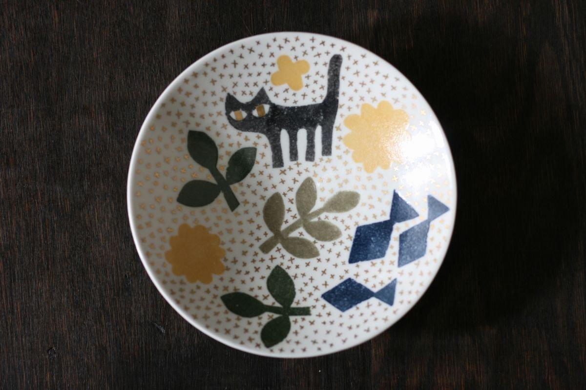 飯野夏実 猫と魚の絵皿