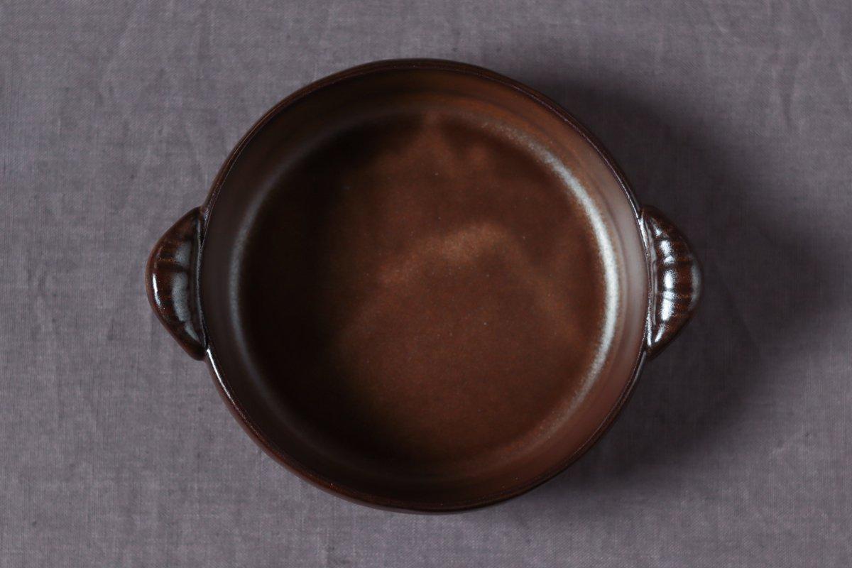 <img class='new_mark_img1' src='https://img.shop-pro.jp/img/new/icons8.gif' style='border:none;display:inline;margin:0px;padding:0px;width:auto;' />中坊優香 耐熱グラタン丸皿M茶