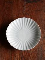 白磁輪花7寸皿