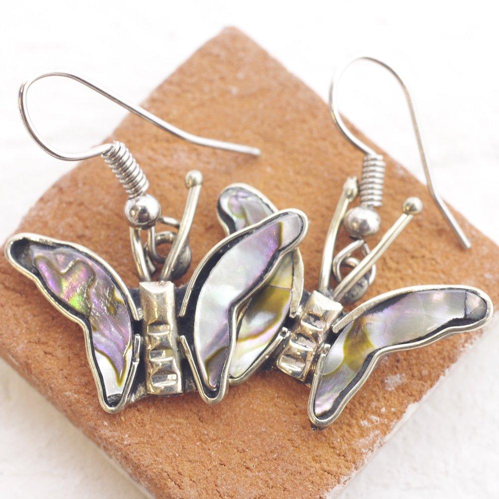 アルパカ☆貝殻蝶ピアスA ◆イヤリングに変更可◆