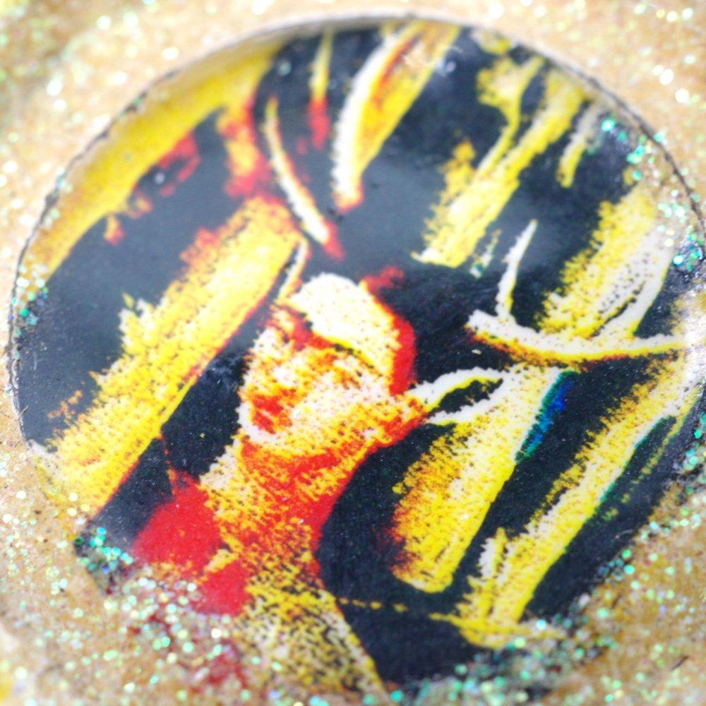 瓶のフタ☆王冠アートピアス【FRIDA】◆イヤリング変更可◆E