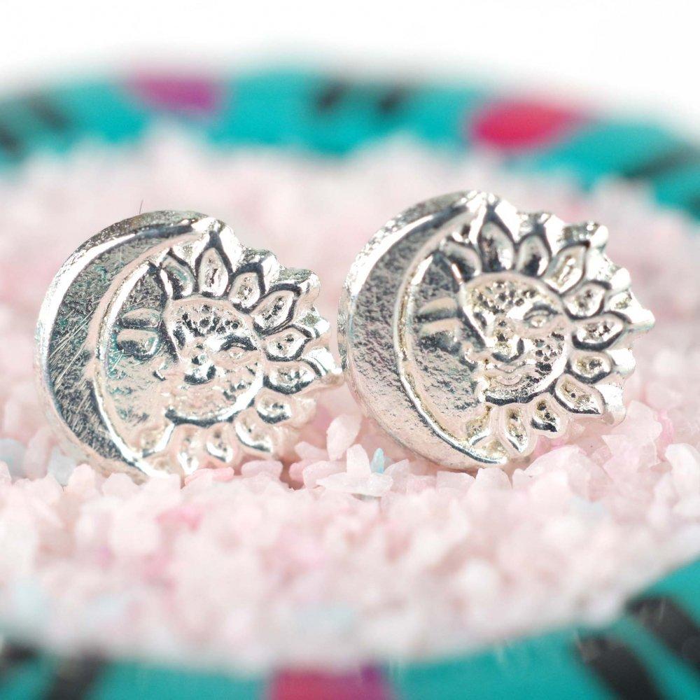Silver925☆太陽と月のミニ薄ピアス