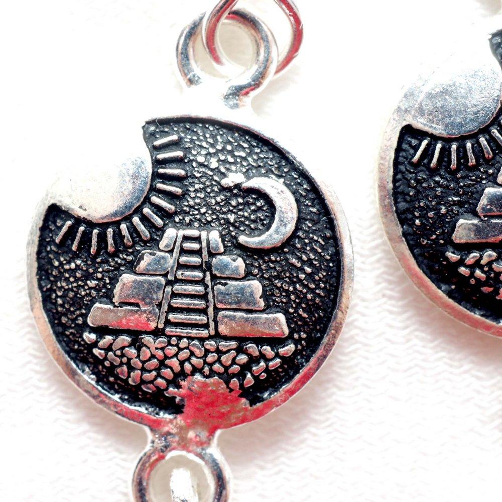 太陽と月のピラミッド☆ピアス◆イヤリング変更可◆ A
