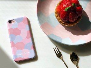 PINKセットンチョガッポholy柄のiPhoneケース(ハードタイプ・6、7、8、X)