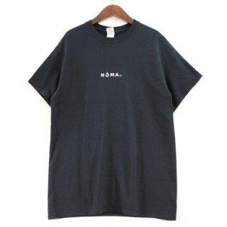 NOMAt.d.  ノーマティーディー ロゴTシャツ