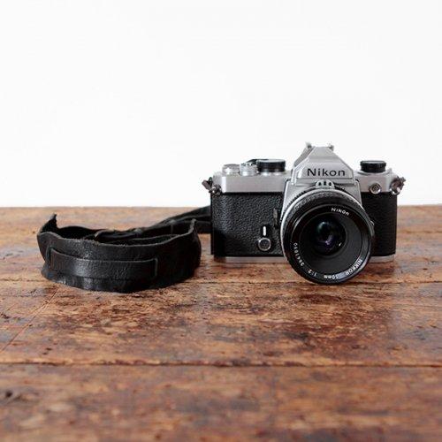 ウォッシュ牛革カメラストラップ
