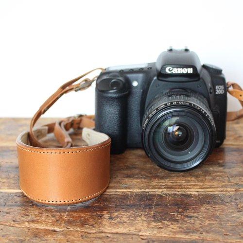 ヌメ革カメラストラップ(全2色)