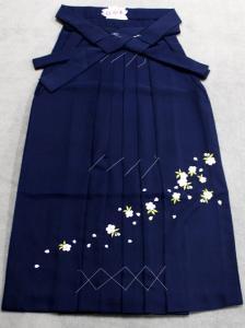 刺繍の袴 No.12 紺地・桜柄 87cm S寸