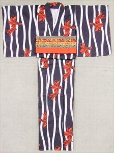 着物 仕立て上がり sk-10  紫地・立涌・ユリ柄・M寸