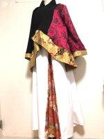 羽織&袴風ワイドパンツをイベント衣装に・黒赤白金