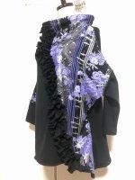 【即納】フリル付きトップス 和柄 黒×紫花 フリー