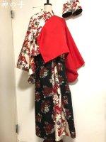 和太鼓衣装にTシャツ、手甲、袴パンツ、着物袖羽織り 赤黒